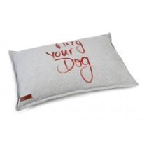Beeztees kussen hug your dog 100 x 70cm